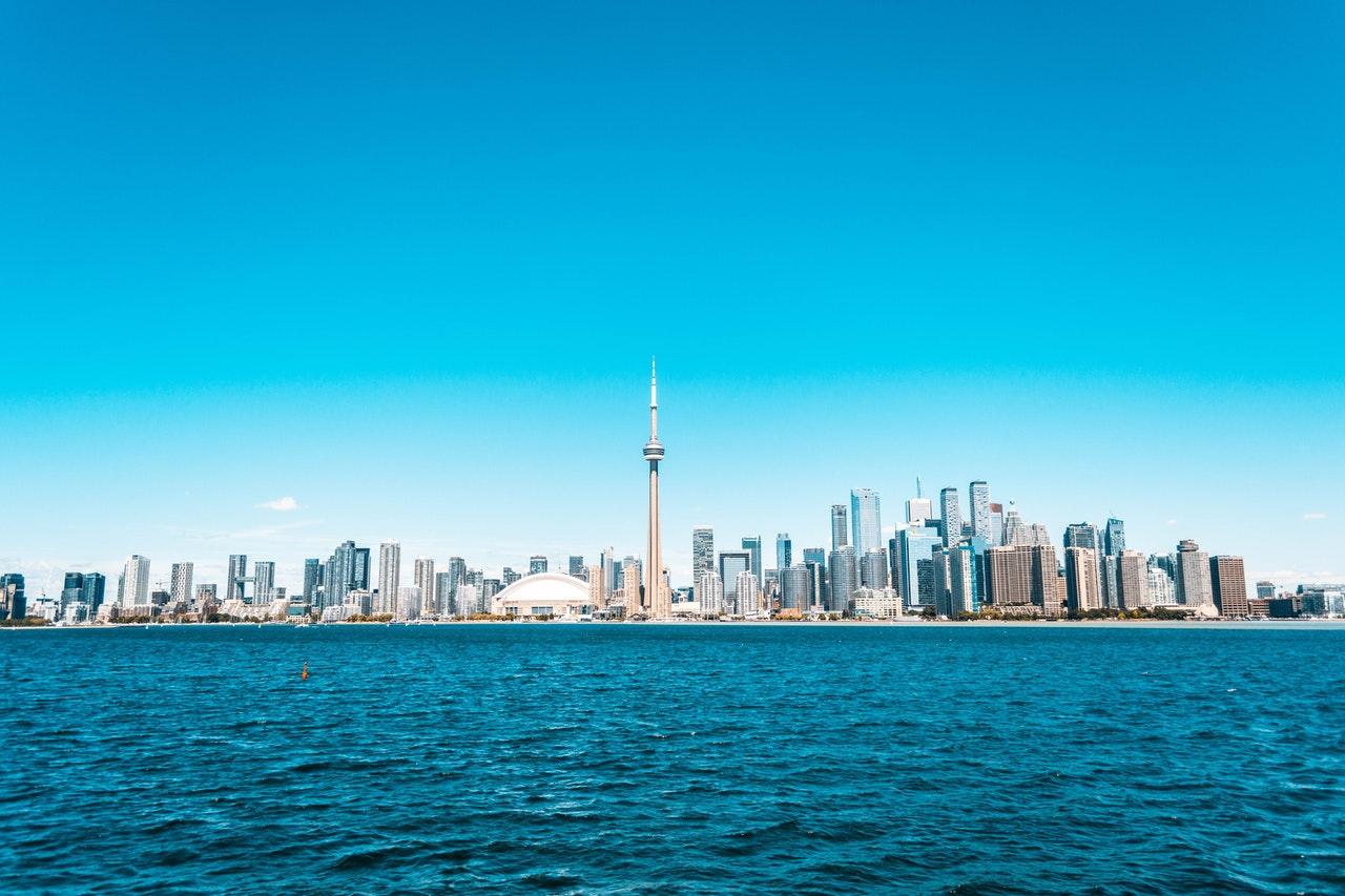 Immigrate to Canada via the British Columbia Investor Program from UAE